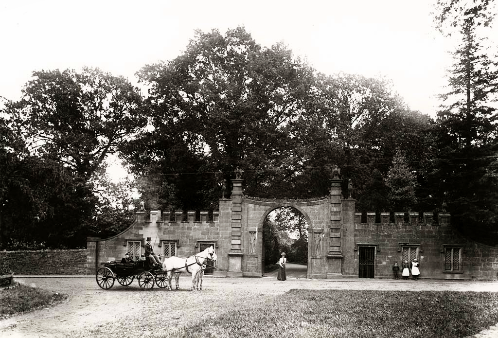Glamis Castle Gates
