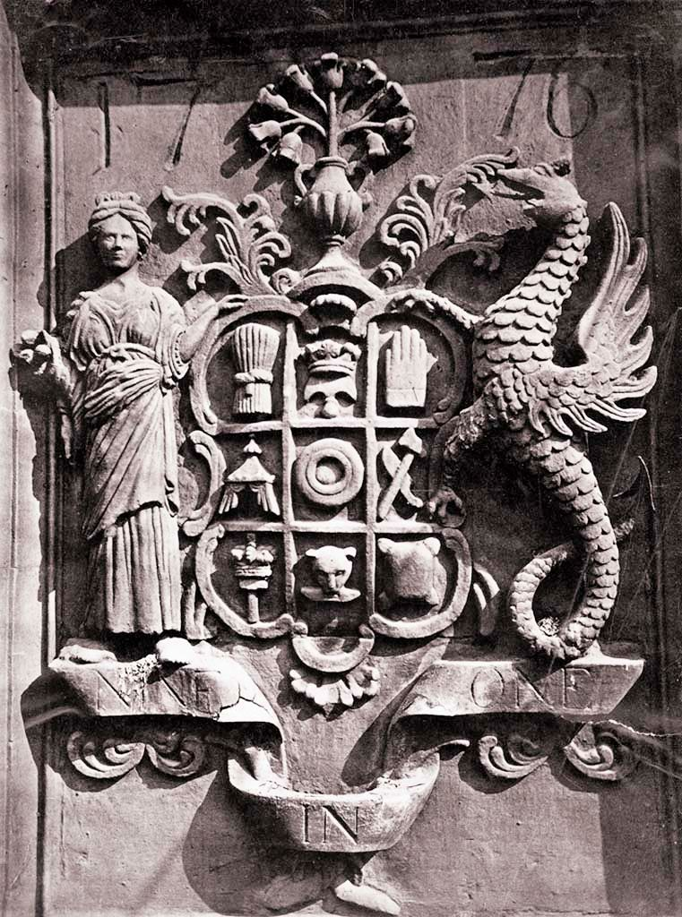 The Nine Trades Coat of Arms, Dundee