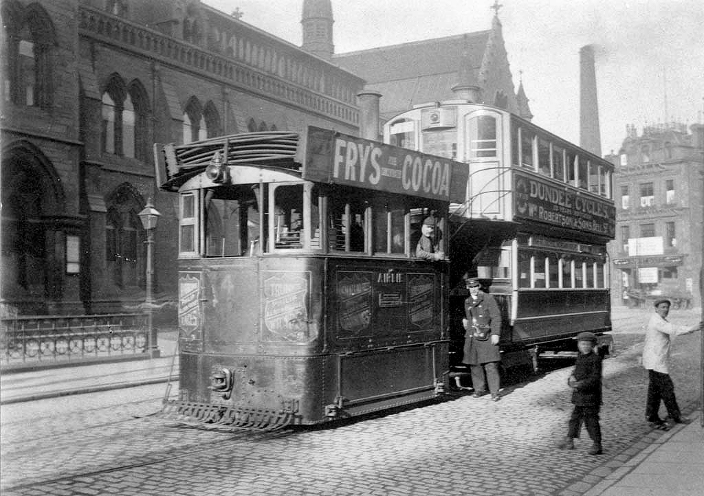 Steam Tram, Albert Square